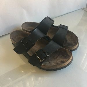 Birkenstock sandals are approximately size 71/2